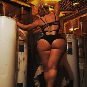 Diamantina escort