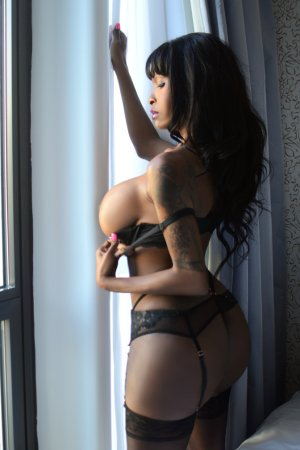 Niema model escorts in Irondale AL