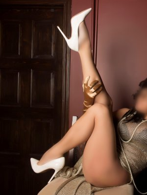 Arantxa independent escort in Glendale Heights IL
